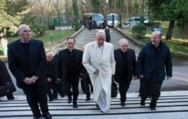 Ariccia: torna il Papa per gli esercizi spirituali