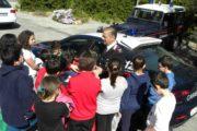80 bambini in  visita alla caserma carabinieri di Castel Gandolfo