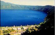 Lago Albano: senso unico su via Gramsci per il periodo estivo