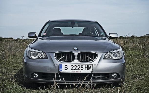 Auto con targhe straniere, boom di leasing e noleggi all'estero
