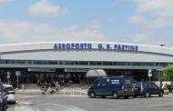 Aeroporto di Ciampino. Contro il COVID-19 e il decreto di completa riapertura dell'aeroporto.